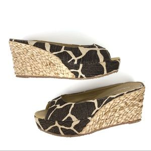 CL by Laundry Date Night Wedge Sandals